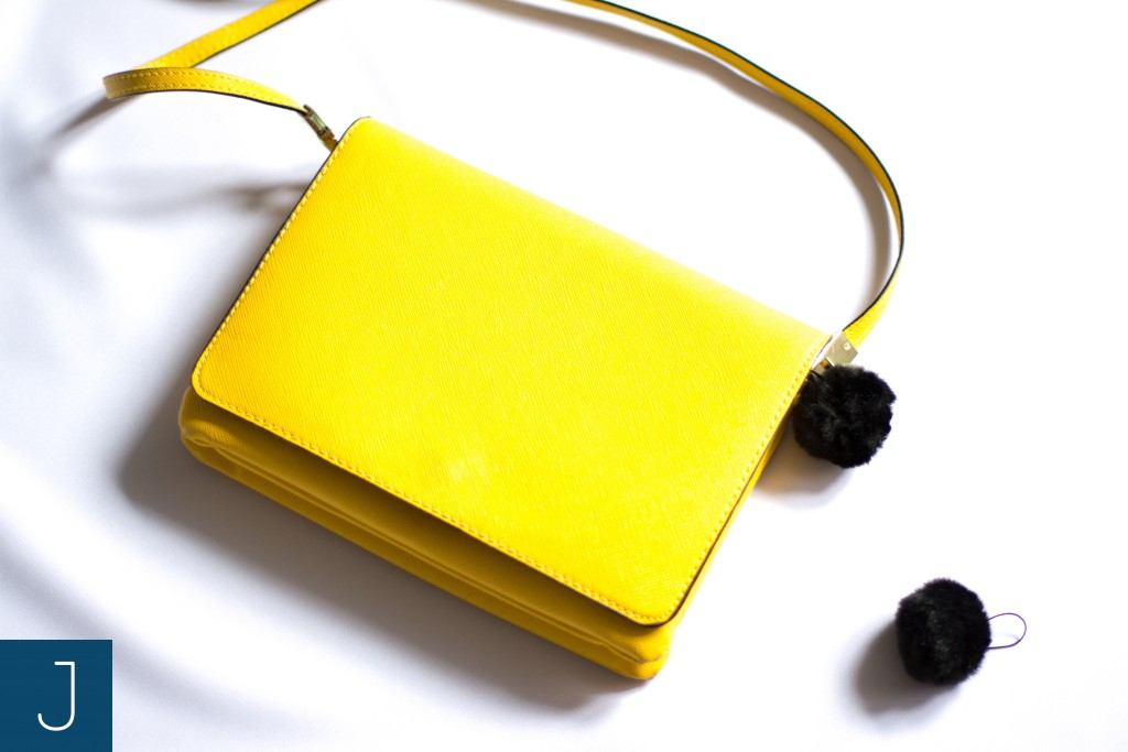 Futrzane kulki - żółta torba 2 | Justine Crafts