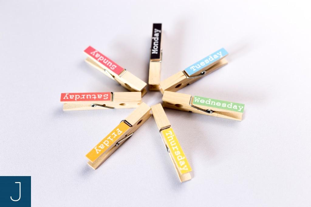 Drewniane klamerki - dni tygodnia - kolory | Justine Crafts