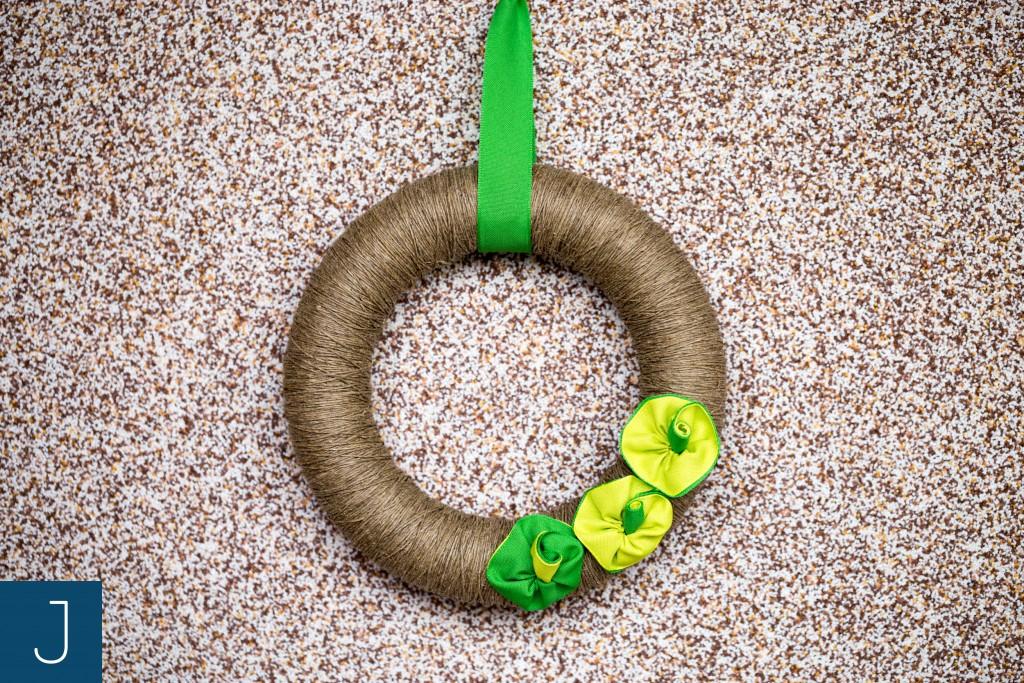 Wianek ze sznurkiem - zielone kwiaty 1 | Justine Crafts