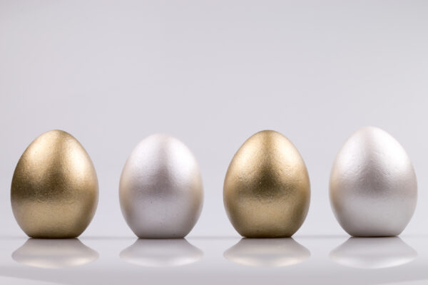Justine Crafts   Jajka - złoto-perłowe