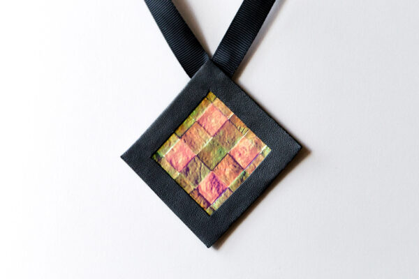 Naszyjnik geometryczny kwadrat 6 krata   Justine Crafts Jewelry