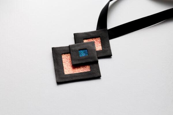 Naszyjnik geometryczny kwadraty 435   Justine Crafts Jewelry