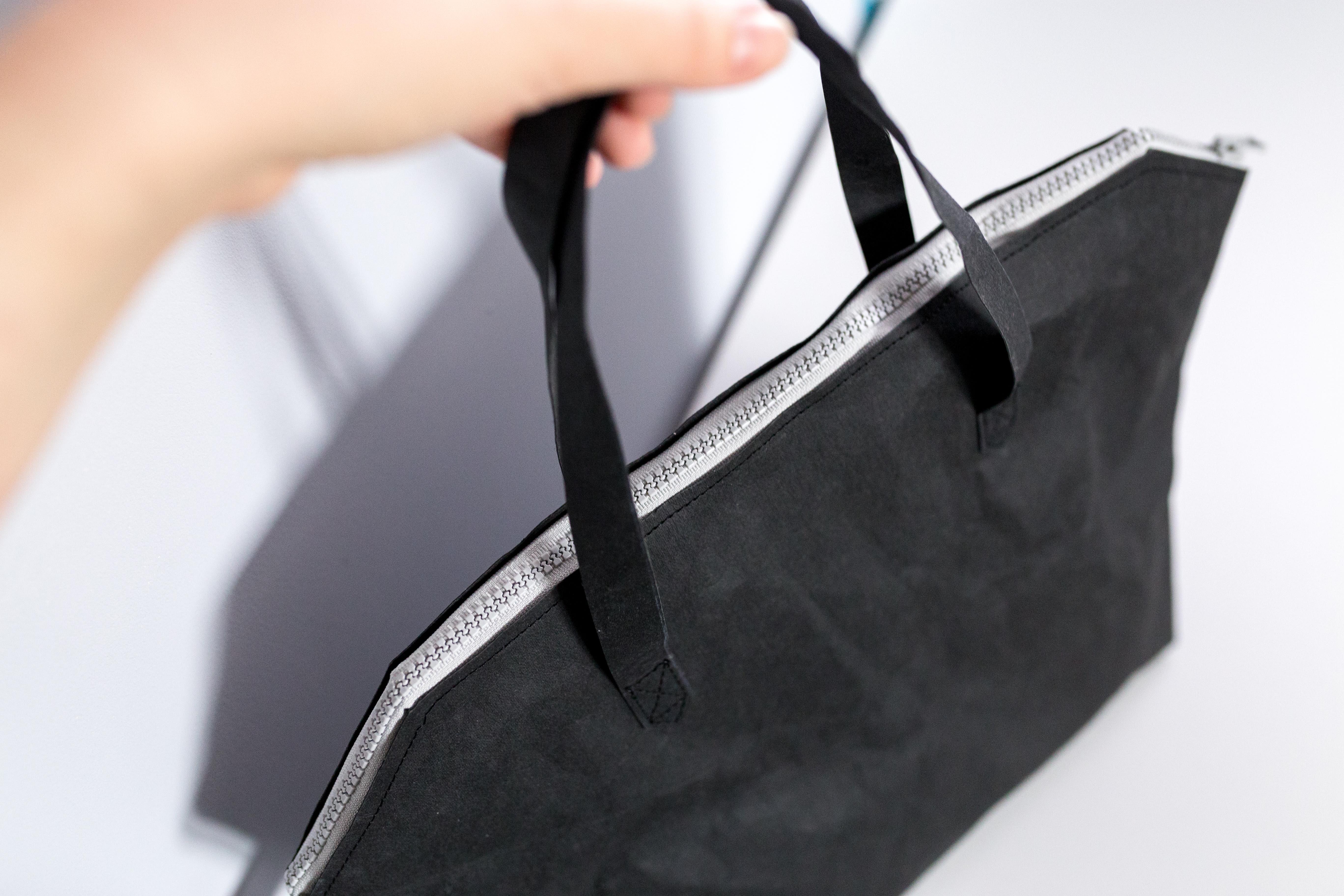 Czarna torba